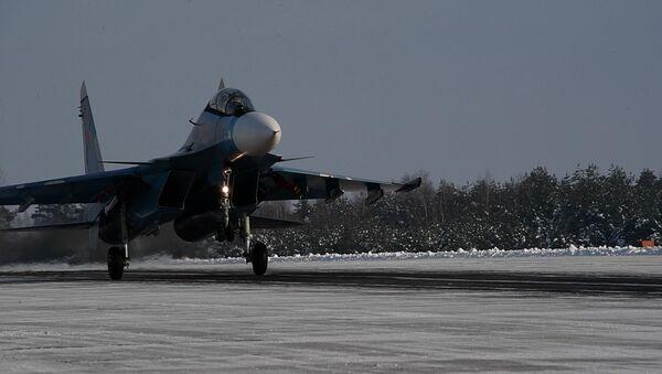 Паступальнае ўзбраенне: Су-30СМ у Беларусі - відэа - Sputnik Беларусь
