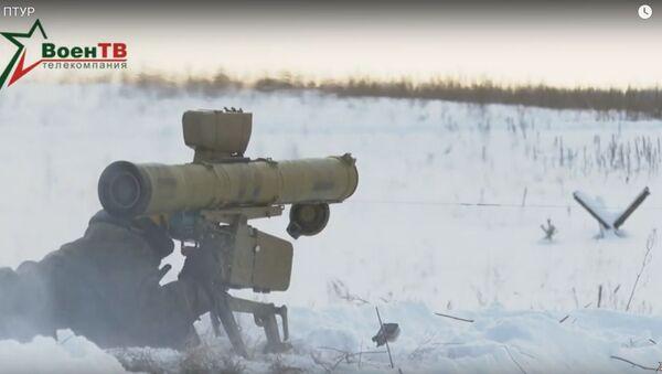 Як працуюць СТКР па бронетэхніцы - відэа ад ваенных - Sputnik Беларусь