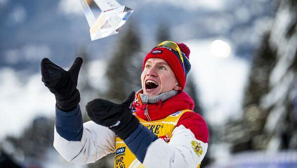 Россисйкий лыжник Александр Большунов  - Sputnik Беларусь