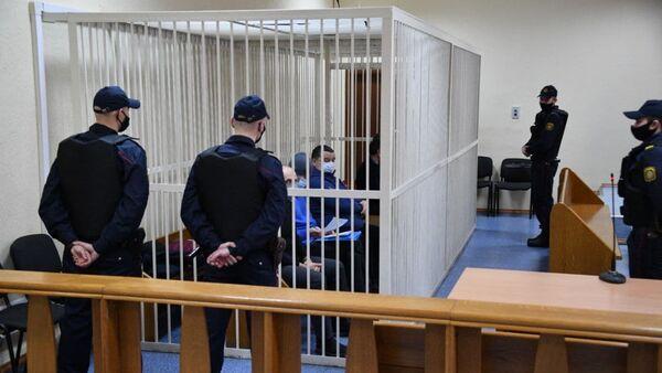 Топ-менеджэры Белгазпрамбанка на папярэднім судовым пасяджэнні - Sputnik Беларусь