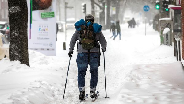 Снегопад в Европе - Sputnik Беларусь