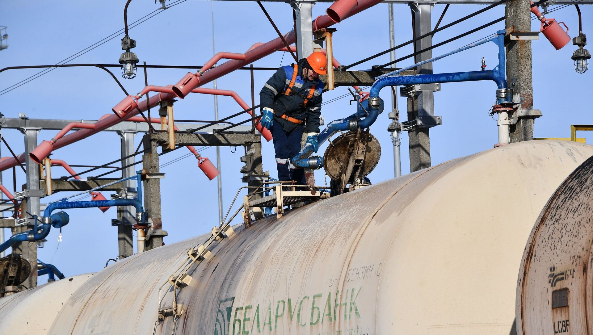 Транспортировка нефти Запад - Транснефтепродукт - Sputnik Беларусь, 1920, 01.03.2021