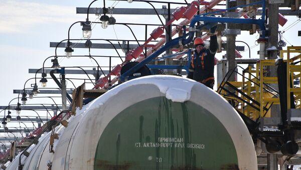 Транспарціроўка нафты Захад - Транснафтапрадукт - Sputnik Беларусь