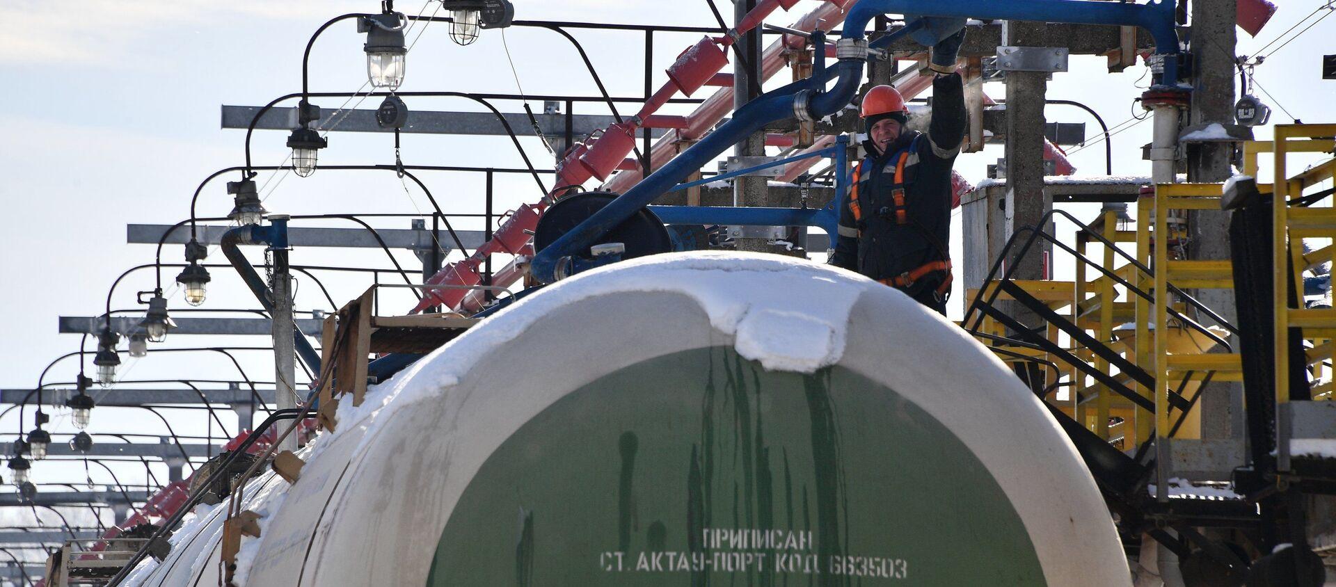 Транспарціроўка нафты Захад - Транснафтапрадукт - Sputnik Беларусь, 1920, 01.03.2021