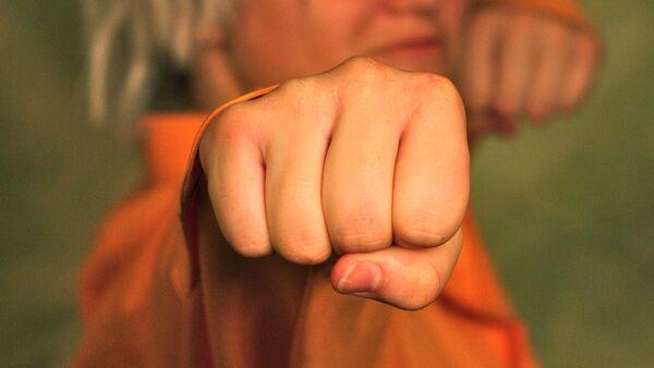 Кулак женщины, архивное фото - Sputnik Беларусь