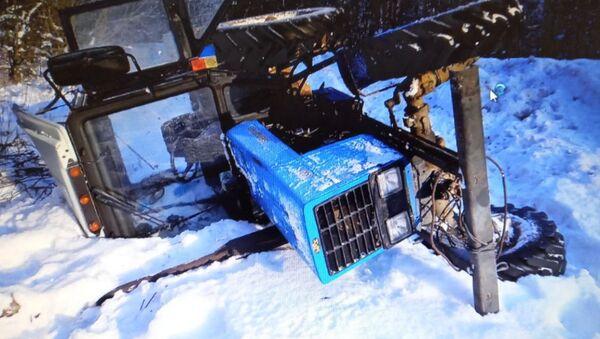 Угнанный трактор - Sputnik Беларусь