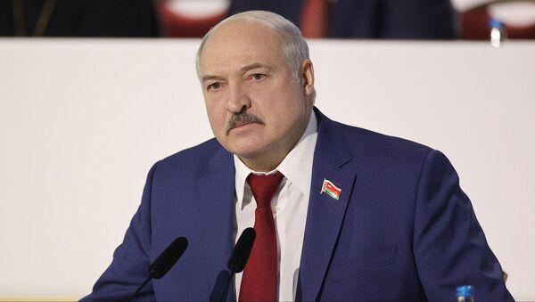 Александр Лукашенко во второй день ВНС - Sputnik Беларусь