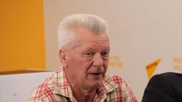 Сопредседатель гражданской инициативы Союз, доктор философских наук Лев Криштапович - Sputnik Беларусь