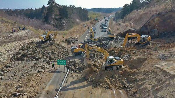 Снова Фукусима: последствия мощного землетрясения в Японии - видео - Sputnik Беларусь
