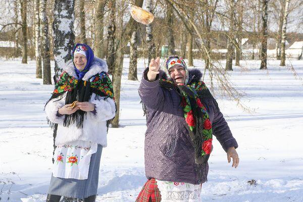 Няхай у снег упадзе, Сонейка снег тапіць пачне. - Sputnik Беларусь