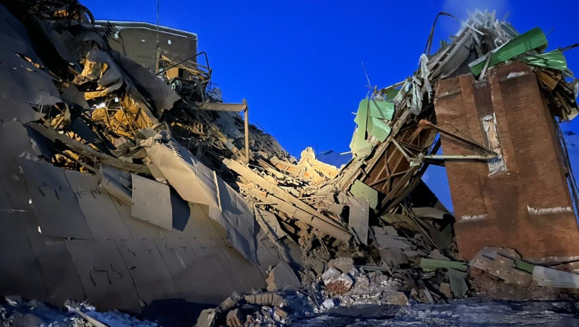 Обрушение здания цеха на горно-обогатительной фабрике в Норильске - Sputnik Беларусь, 1920, 20.02.2021