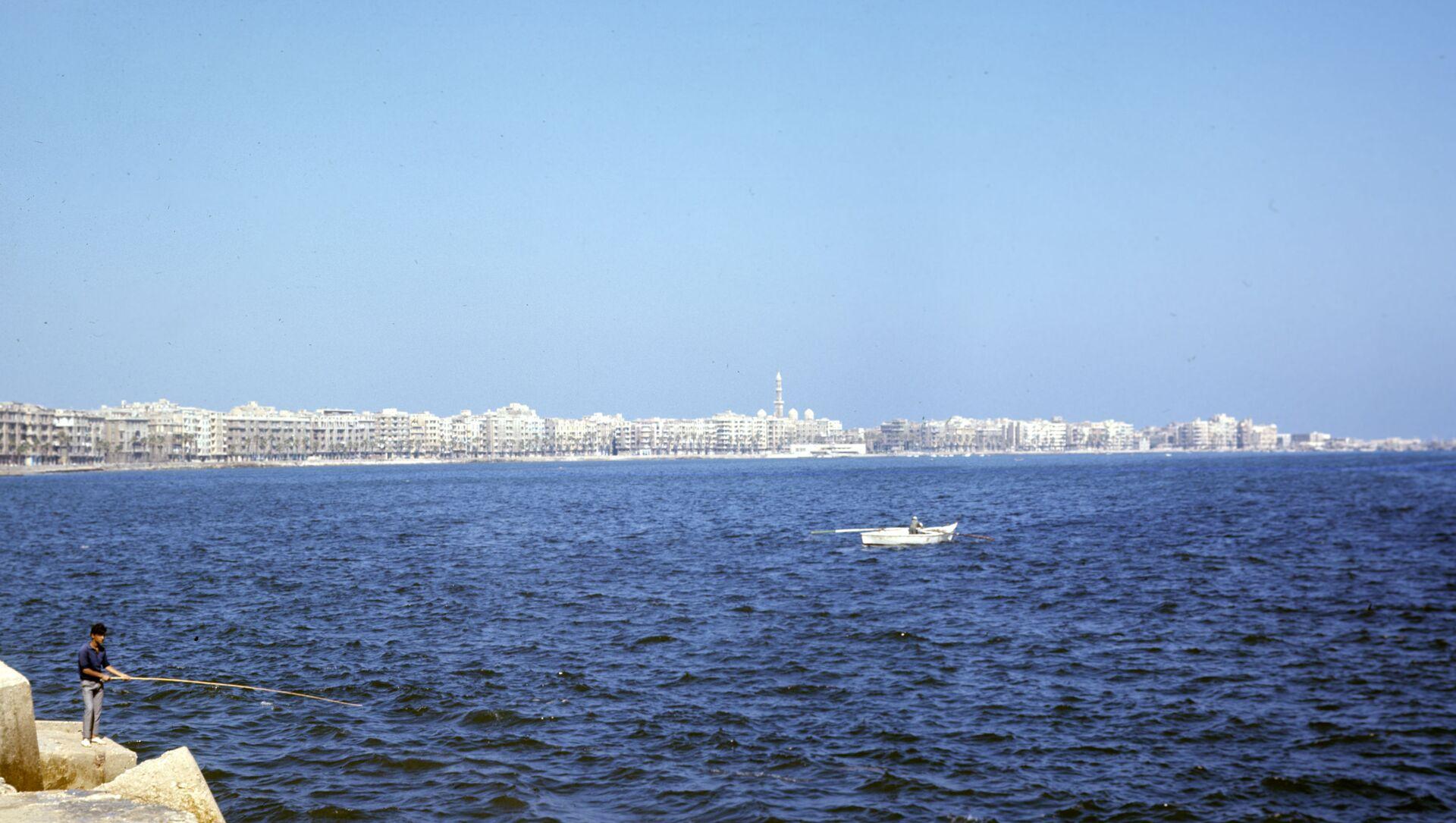 Город Александрия - главный морской порт Арабской Республики Египет. Расположен на Средиземном море, в западной части дельты Нила. - Sputnik Беларусь, 1920, 22.02.2021