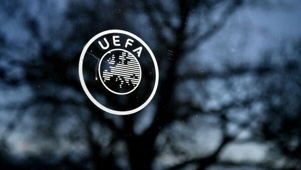 Логотип УЕФА, архивное фото - Sputnik Беларусь