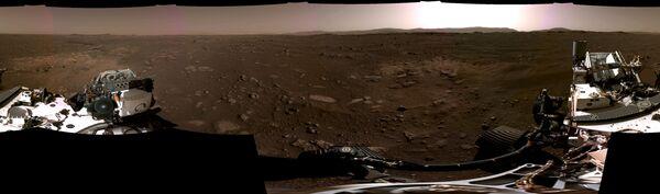 Марсианская панорама с камер аппарата NASA's Perseverance Mars Rover  - Sputnik Беларусь
