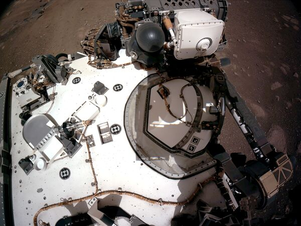 Марсоход NASA's Perseverance Mars Rover с инструментом PIXL - Sputnik Беларусь