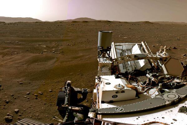 Марсианский пейзаж, снятый марсоходом Perseverance - Sputnik Беларусь