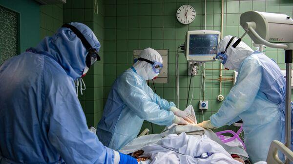 Лечение пациентов c COVID-19 - Sputnik Беларусь