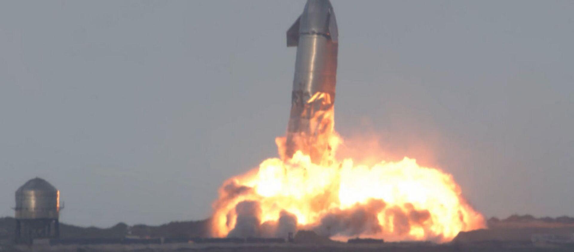 Прототип корабля SpaceX взорвался после первой успешной посадки - Sputnik Беларусь, 1920, 05.03.2021