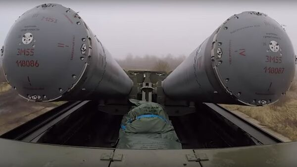 Як трэніруюцца разлікі берагавых ракетных комплексаў Бастыён - відэа - Sputnik Беларусь