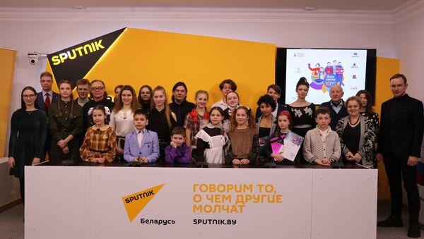 В Минске прошел финал Международного конкурса юных чтецов Живая классика - Sputnik Беларусь