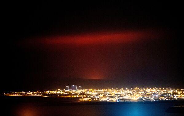 Извержение вулкана на полуострове Рейкьянес, Исландия - Sputnik Беларусь