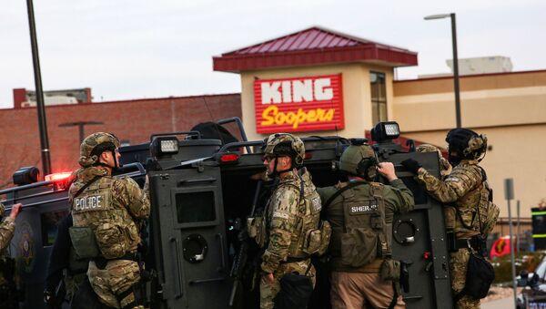 Полиция в американском городе Боулдер, где произошло массовое убийство - Sputnik Беларусь
