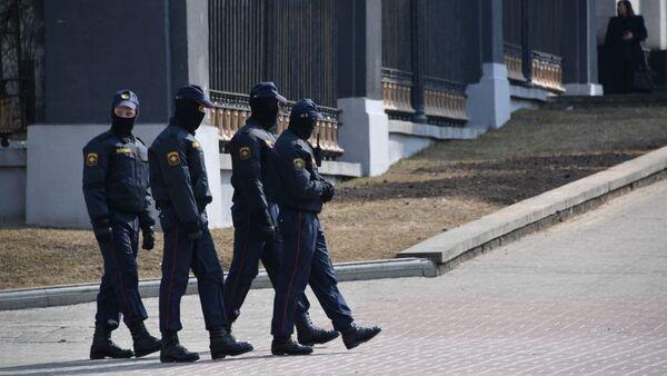 Сотрудники милиции в Минске 27 марта - Sputnik Беларусь