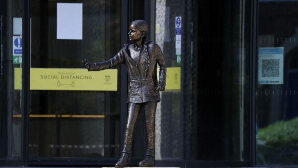 Статуя активистки Греты Тунберг в Винчестере - Sputnik Беларусь