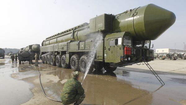 Дэманстрацыя ракетнага комплексу Тополь-М - Sputnik Беларусь