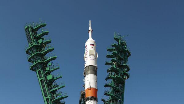 Старт пилотируемого корабля Союз МС-18 с космодрома Байконур - Sputnik Беларусь
