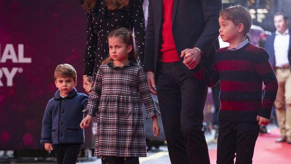 Дети Кейт Миддлтон и принца Уильяма: Луи, Шарлотта и Джордж   - Sputnik Беларусь