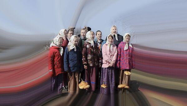 Детский весенний обряд Жаворонки – видео  - Sputnik Беларусь