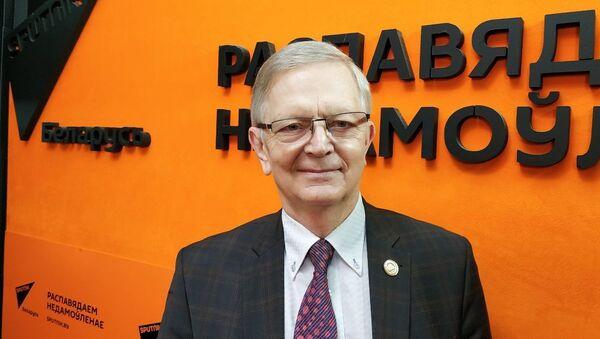 Рахманов: помощь Карабаху, поправки в Конституцию и встреча Путина с Байденом  - Sputnik Беларусь