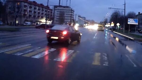 Легковушка сбила женщину на переходе в Могилеве - Sputnik Беларусь