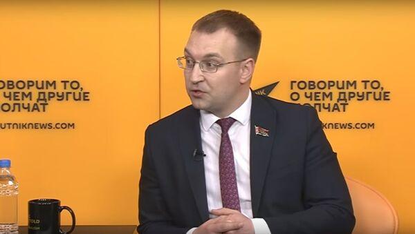 Беларускі дэпутат пра замах на Лукашэнку і правал ЗША - відэа - Sputnik Беларусь