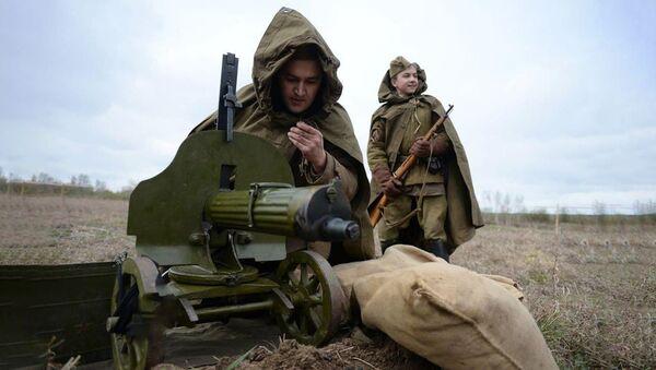 Оружие Победы: за что солдаты называли пулемет Максим самоваром? - Sputnik Беларусь