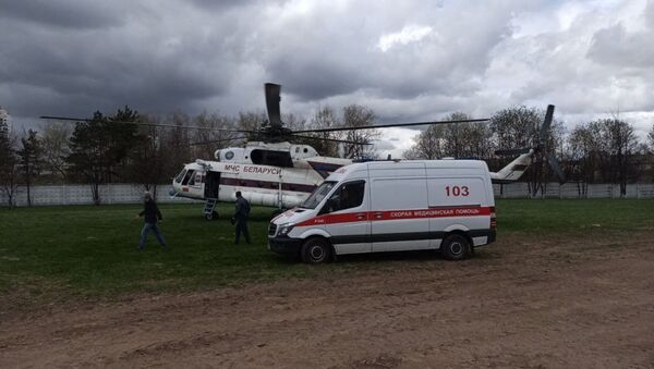 Подростка с электротравмой на вертолете доставили в Минск из Мстиславля - Sputnik Беларусь