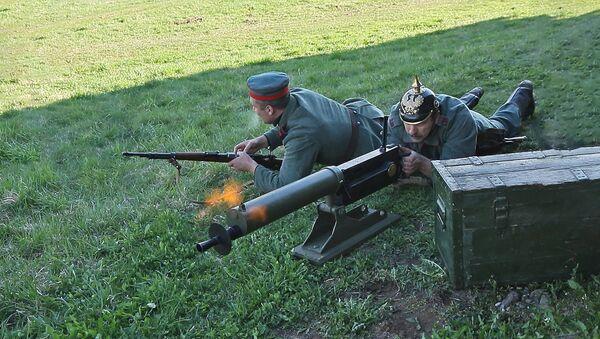 Рэканструкцыю бою Першай сусветнай вайны паказалі пад Мінскам - відэа - Sputnik Беларусь