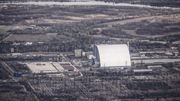 Пралятаючы над Чарнобылем: для турыстаў адкрылі новы авіямаршрут - відэа - Sputnik Беларусь