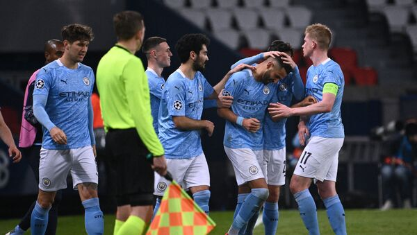 Футболисты Манчестер Сити празднуют гол в ворота ПСЖ - Sputnik Беларусь