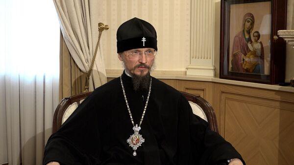 Митрополит Вениамин поздравил верующих с Пасхой – видео - Sputnik Беларусь