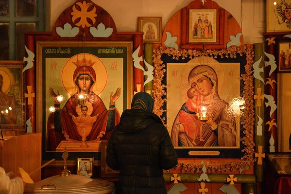 Пасхальная служба в Храме Святого Николая Чудотворца  - Sputnik Беларусь
