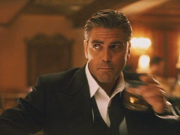 В 2001 году Клуни стал Дэнни Оушеном, хотя сильно меняться для роли ему не пришлось. - Sputnik Беларусь