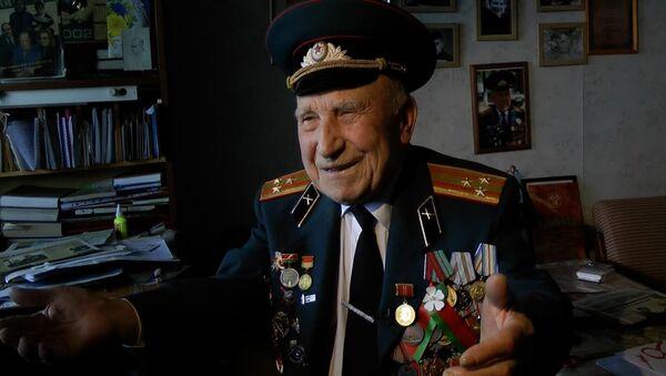 Удзельнік штурму Берліна ўзгадвае травень 1945-га - відэа - Sputnik Беларусь