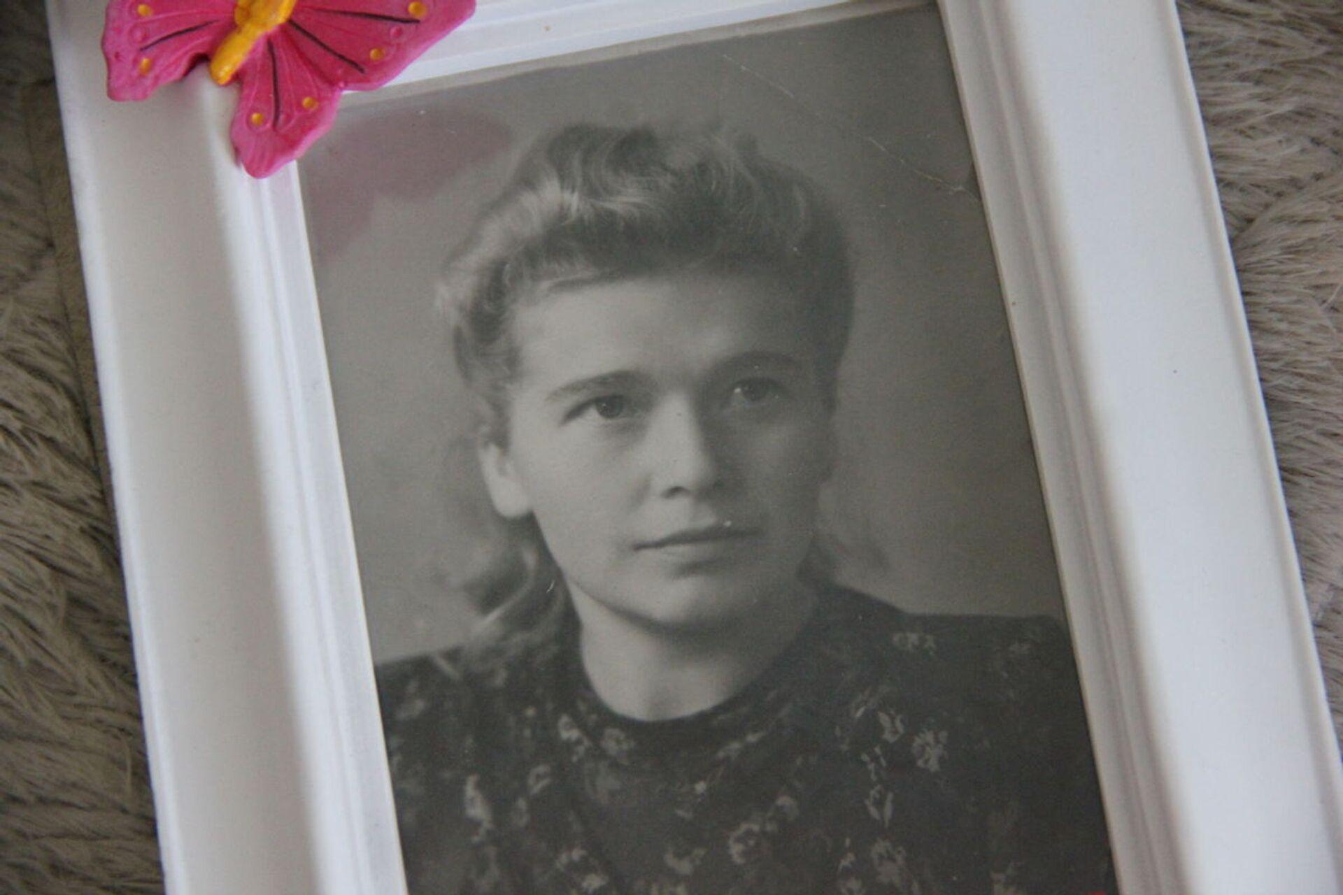 Войну Елизавета застала во время учебы в педучилище - ей тогда было 16 лет - Sputnik Беларусь, 1920, 29.06.2021