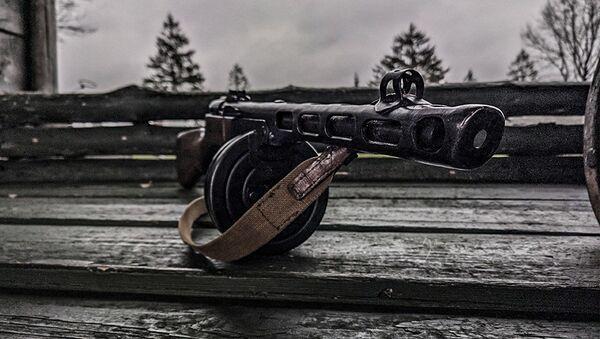 Эталон простоты: за что солдаты любили пистолет-пулемет Шпагина - видео - Sputnik Беларусь