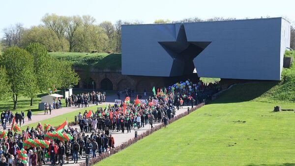 Брест празднует День Победы - Sputnik Беларусь