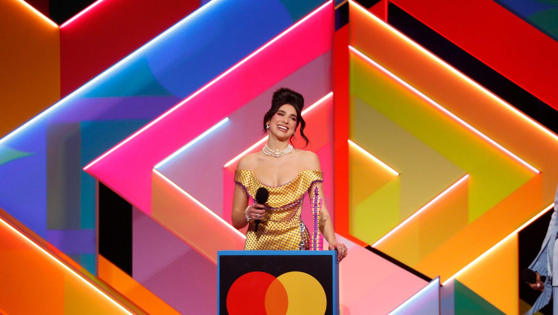 Дуа Липа на BRIT Awards - Sputnik Беларусь, 1920, 12.05.2021