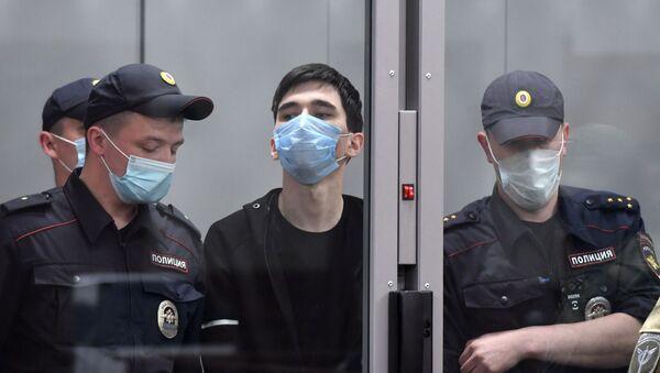 Избрание меры пресечения подозреваемому в стрельбе в школе Казани - Sputnik Беларусь
