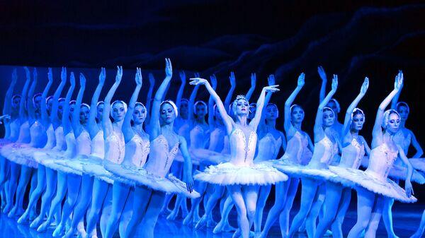 Премьера обновленного балета Лебединое озеро в Большом театре Беларуси - Sputnik Беларусь